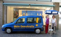 Unser Demokratiemobil im Einsatz in Stuttgart