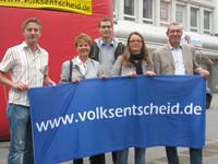 Volksentscheid ins Grundgesetz: Aktion in Mülheim